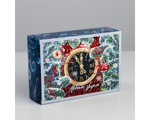 Коробка складная «Новогодние куранты», 16 × 23 × 7.5 см