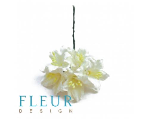 Цветы Лилии нежно-зеленые, размер цветка 3,75 см, 5 шт